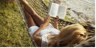 conquista una donna che legge